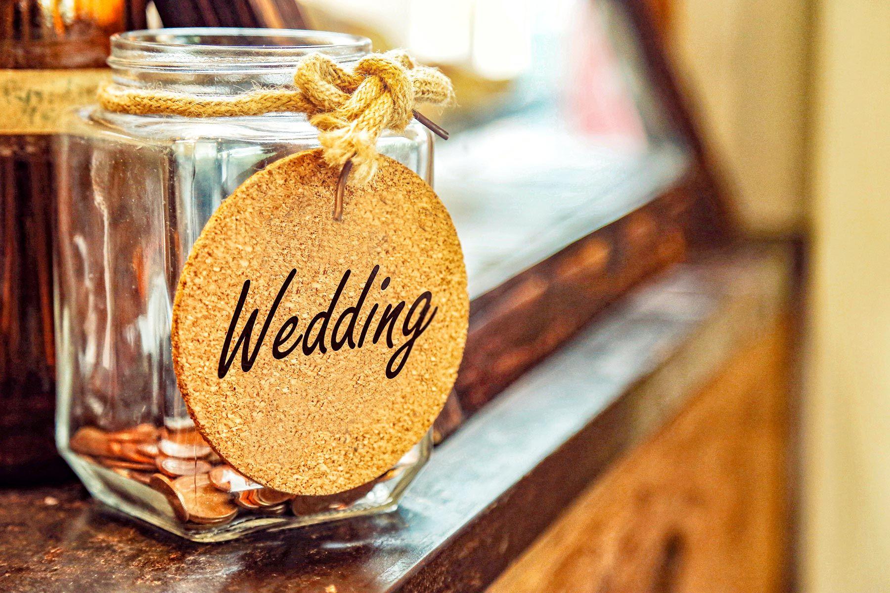 Conseils pour économiser de l'argent avant le mariage